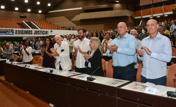 Inauguran AFIDE 2017 con conferencia magistral dedicada a Fidel