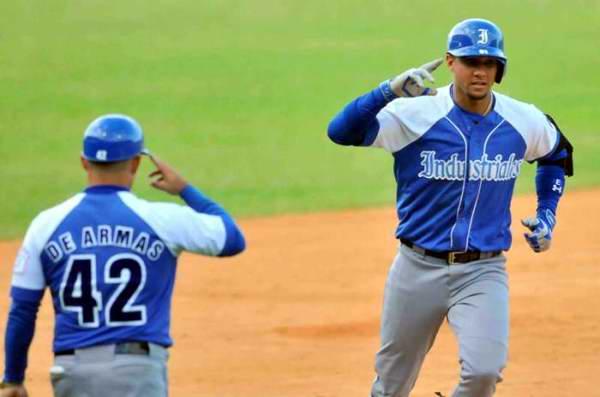 Béisbol-55 SN: Hazañas que nos dejó el primer tercio. Foto: Ricardo López