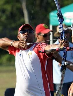 Juan Carlos Stevens ganó la eliminatoria de América y aseguró presencia de Cuba en el torneo de tiro con arco de los Juegos Londres 2012. Foto tomada de JIT