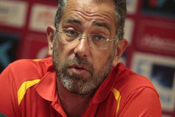 Renuncia Orenga al cargo de director t�cnico de Espa�a