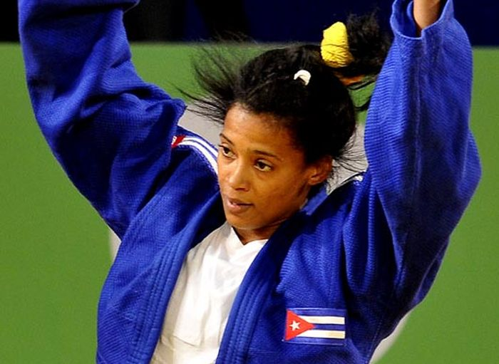 Judoca cubana Dayaris Mestre debuta con éxito en Rio2016