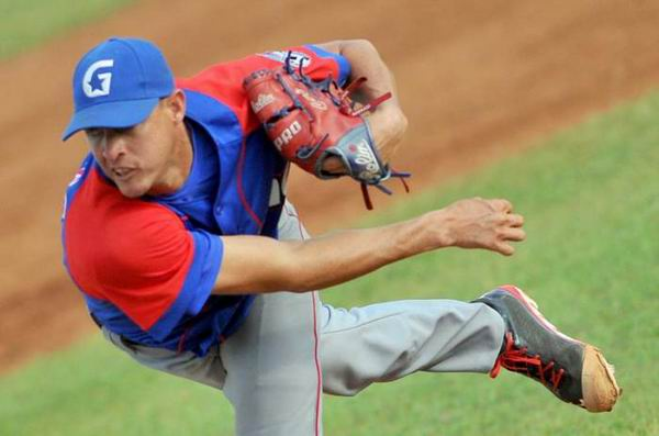 Cuban Pitcher Blanco achieves First Win in Can-Am League
