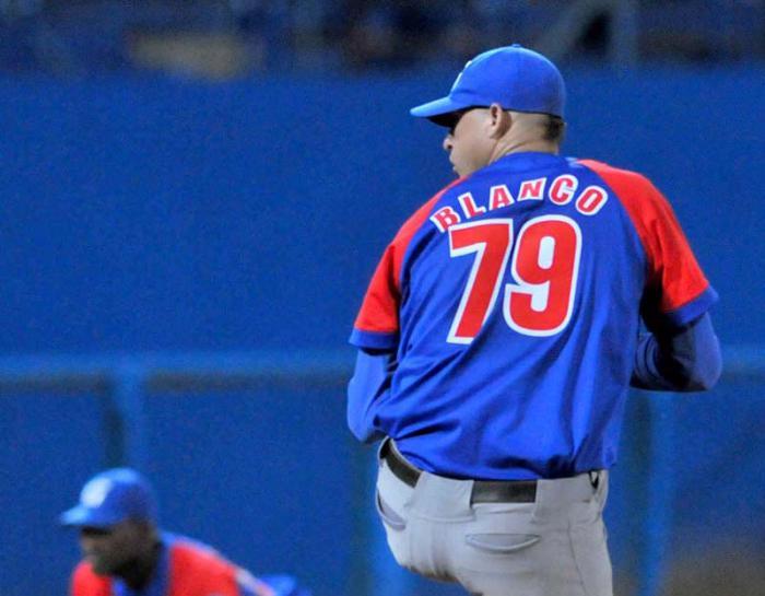 Alazanes a un paso de la final del Béisbol cubano
