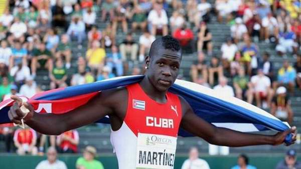Clasifica triplista cubano a la final de Río 2016
