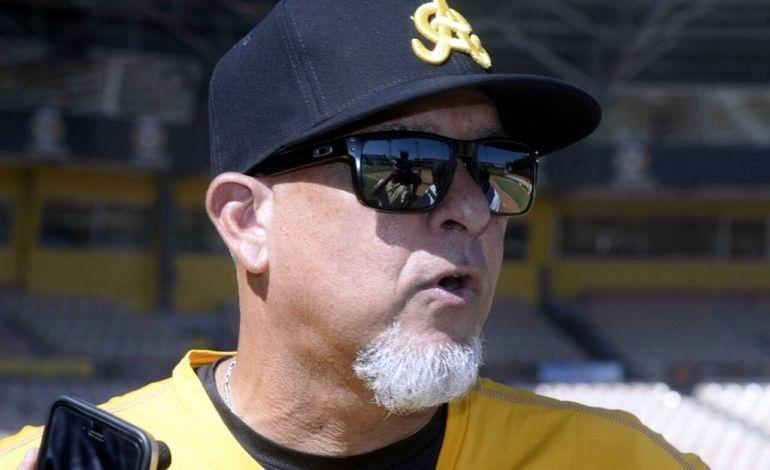 Manager de los dominicanos Lino Rivera