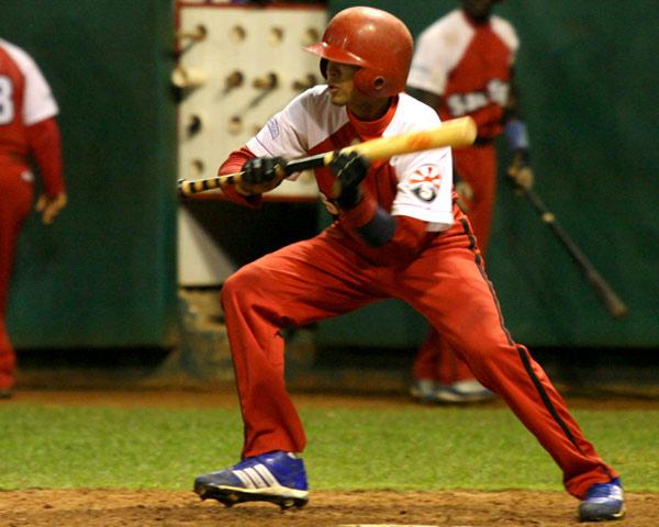 Maikel Castellanos, Jugador de cuadro de Santiago de Cuba