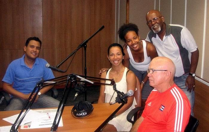 La ciclista Marlies Mejias en el programa Haciendo Radio