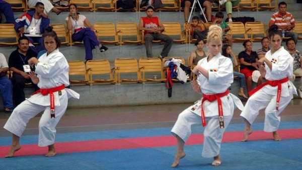 Karate Do aspira a ir a Barranquilla con equipos completos
