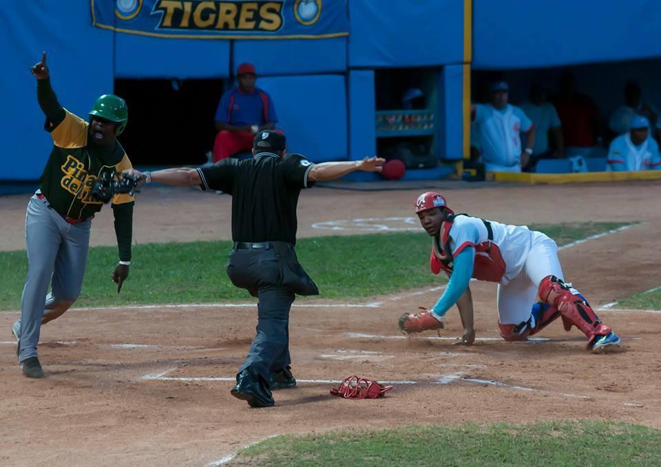 Jugada a jugada: Tigres vs Vegueros por la corona. Foto: José Meriño