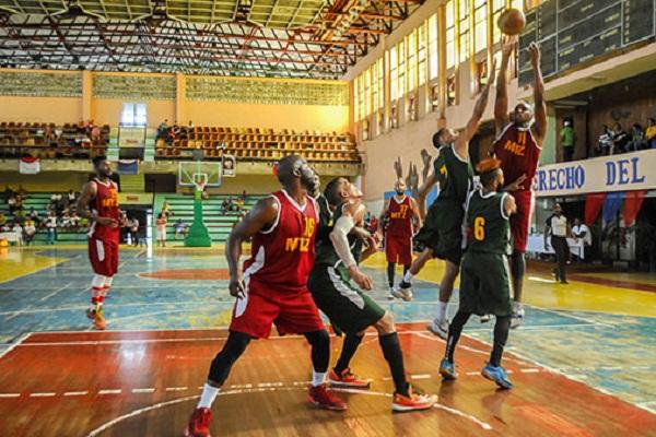 Nacional de Baloncesto: Estreno por todo lo alto en el Coliseo