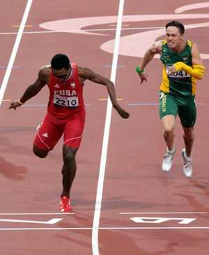El atleta Racial González ganó medalla de plata en los 200 metros T46, con tiempo de 22,15 segundos, en los XIV Juegos Paralímpicos de Londres 2012. Foto: Armando Hdez