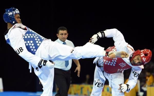Toronto 2015: Gana oro taekwondoca cubano Rafael Alba