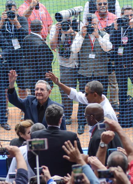 Obama se retira del juego de Tampa Bay y Cuba.Foto: Marcelino Vázquez
