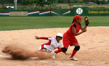 Seleccionadas jugadoras que representarán a Camagüey en Copa de Béisbol