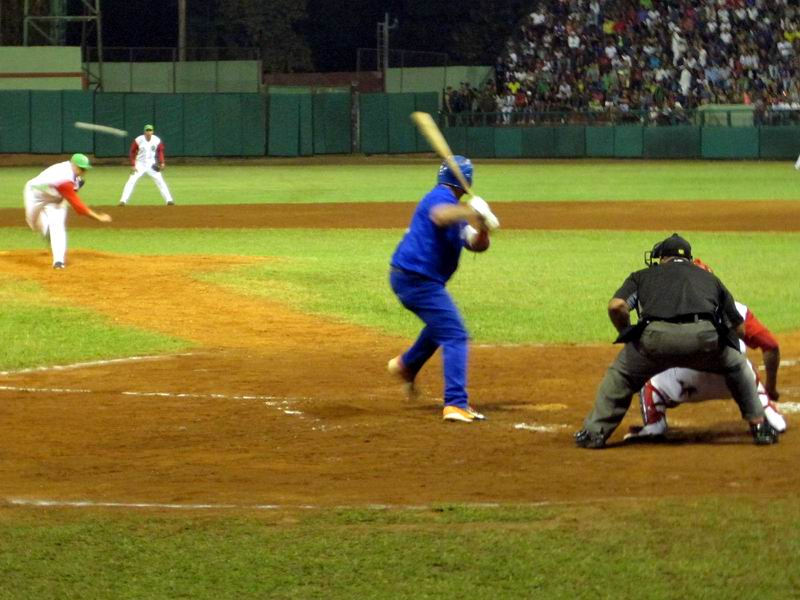 Industriales ties play offs, Granma takes the lead over Matanzas