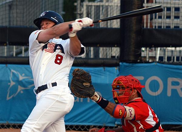 Tyler Pastornicky bateó un sencillo clave en la sexta entrada, y Estados Unidos superó a Cuba por 5-2, este domingo, en el béisbol de los Juegos Panamericano en Toronto, Canadá
