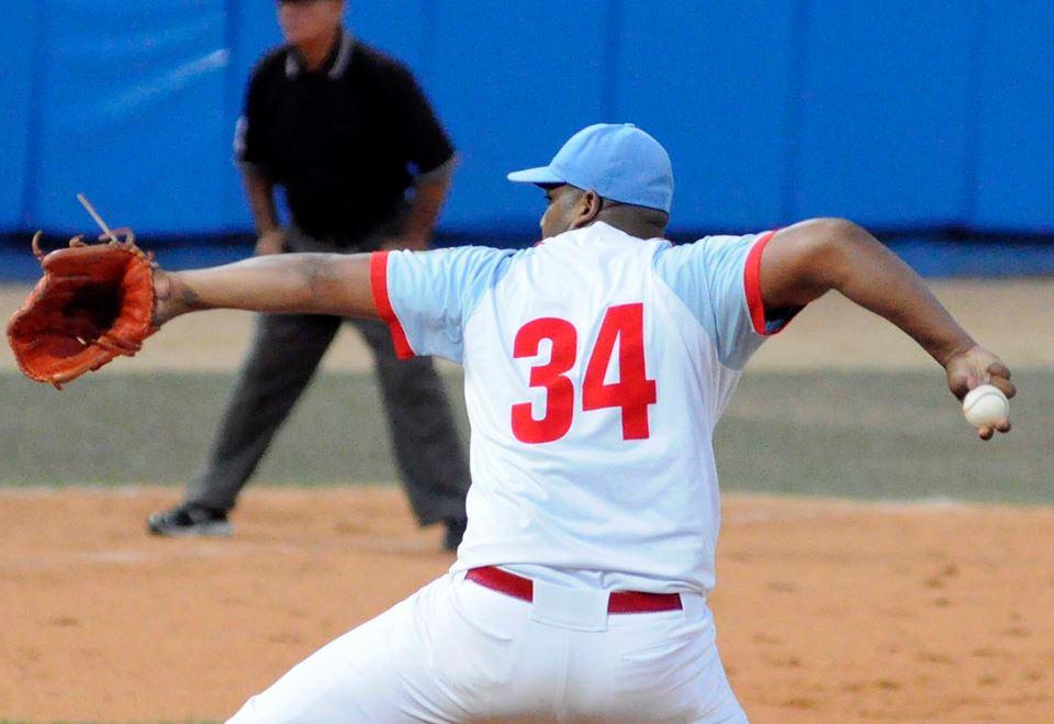Ciego de Ávila y Granma protagonizan la gran final de la edición 56 de la Serie Nacional de Béisbol de Cuba.Foto: Osvaldo Gutiérrez