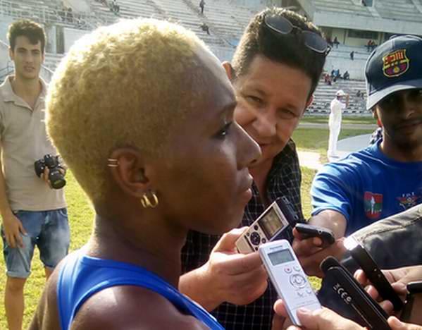 Cubana Yarisley Silva gana medalla de bronce en Mundial de Atletismo