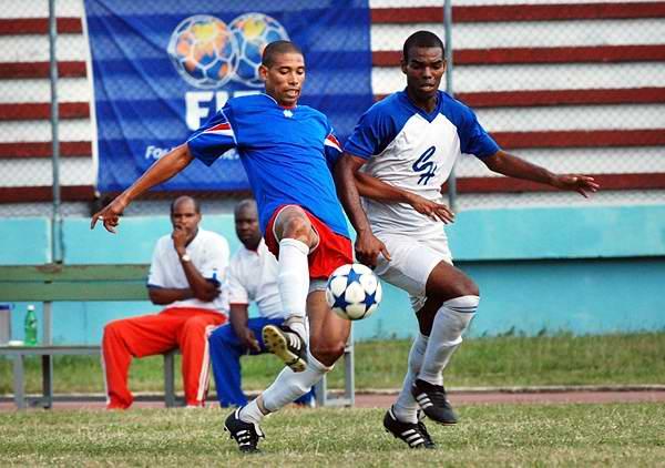 Liga de ascenso del Fútbol cubano se jugará en terrenos capitalinos