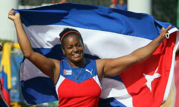 Oro para martillista cubana Yipsi Moreno. Foto Ismael Francisco