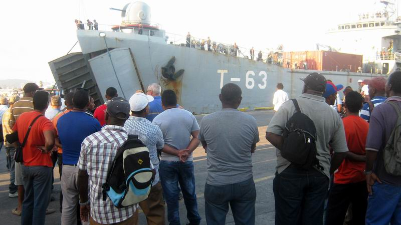 Cuba receives ship with aid from Venezuela (+Photos)