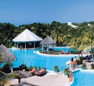 Recibe Cuba al turista dos millones
