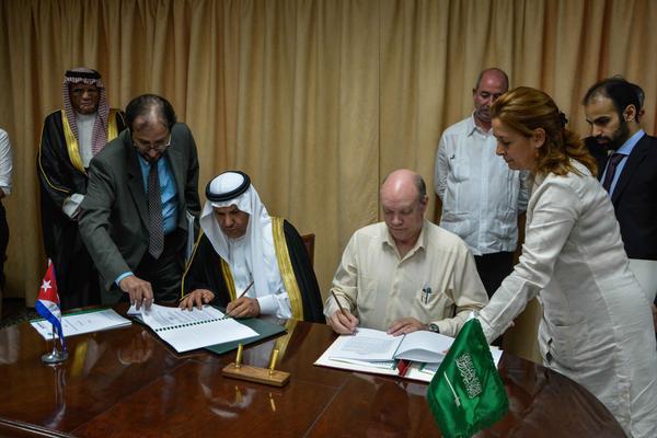 Firman Cuba y el Fondo Saudita para el Desarrollo otros dos acuerdos (+ Audio)