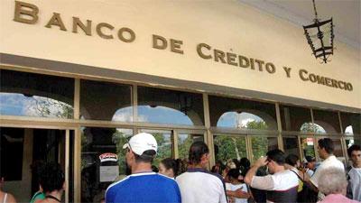 Cuban Increasingly Using Bank Loans