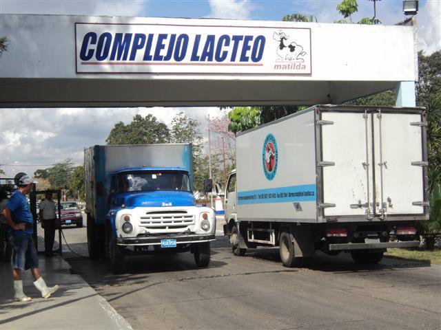 Realizan importantes inversiones en la industria láctea cubana