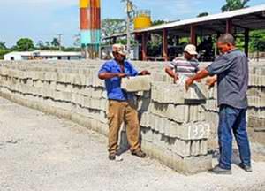 Aguada de pasajeros dispone de materiales de la construcci�n