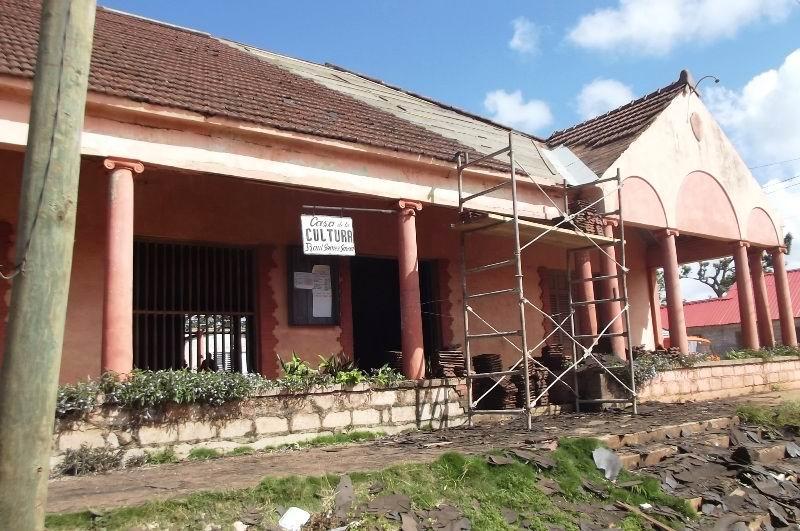 Aquí se reconstruye la antigua Casa de Cultura, para convertirlo en Complejo Cultural.
