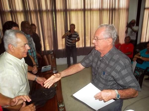 Homenaje al Che en el aniversario 35 de la ANEC