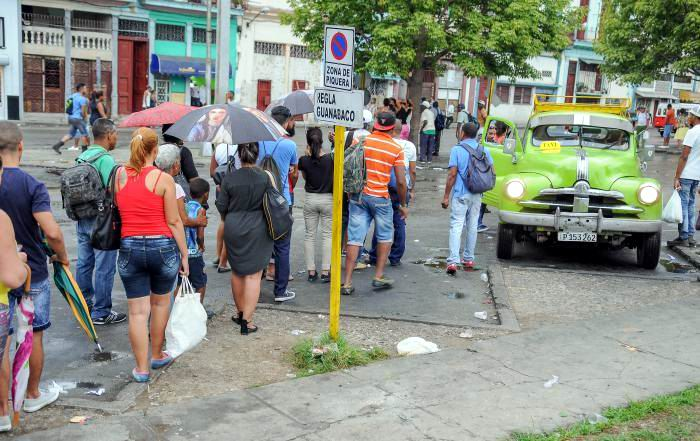 El país desea que el reordenamiento del transporte marche bien