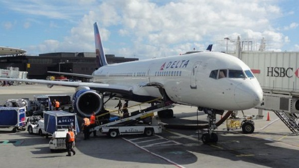 Delta air lines iniciar vuelos a la habana audio for Oficinas delta airlines