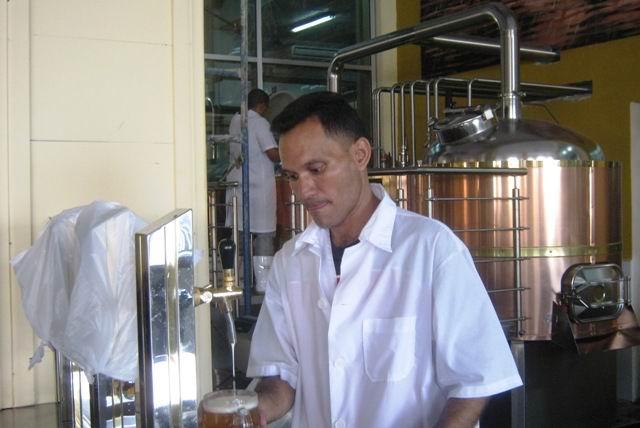 Nueva f brica de cerveza ecol gica en santiago de cuba for Fabrica de baldosas en santiago