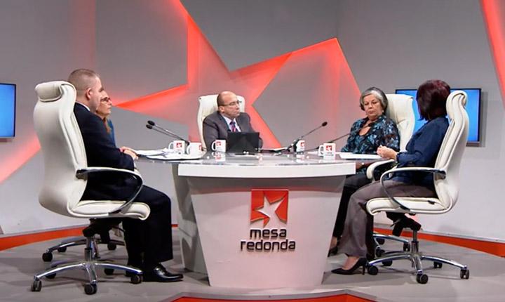 Reconoce ministra cubana papel de trabajo por cuenta propia