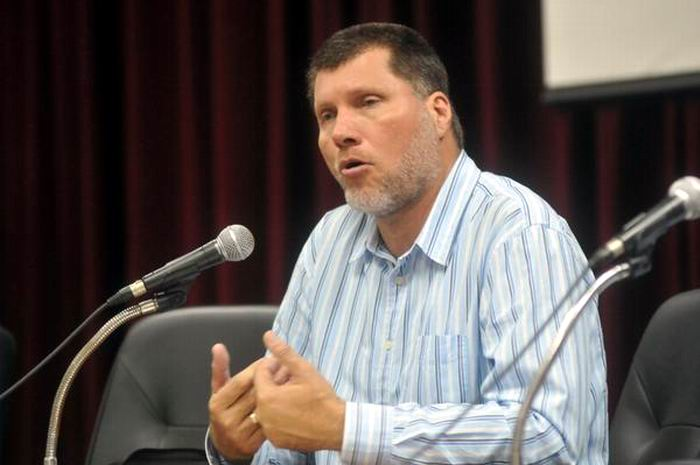Presidente de la Asociación Nacional de Economista y Contadores de Cuba (ANEC), Oscar Luis Hung