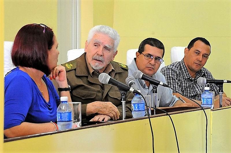 Ramiro Valdés en Holguín, revisión al detalle