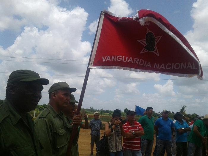 Condecoran a Unidad Comercial de Mayabeque (+Fotos)