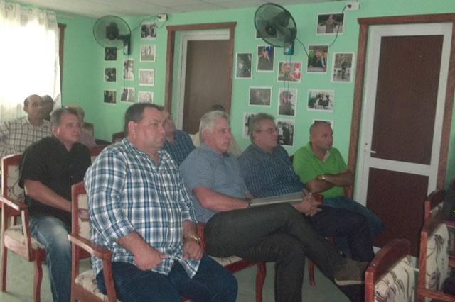 Elogia presidente cubano a empresas agropecuarias avileñas