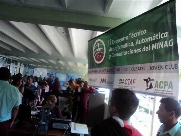 II Encuentro Nacional de T�cnicas Inform�tica, Autom�tica y Comunicaciones del Ministerio de la Agricultura. Foto. Jos� Cabrera Peinado.
