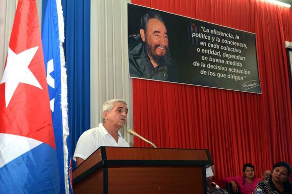 Reconoce Ministro de Energía y Minas a trabajadores cienfuegueros (+Audio)