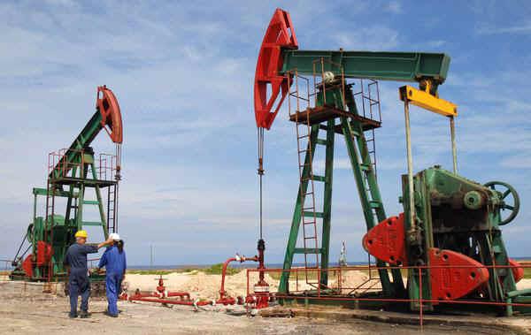 Petroleros del centro rebasan el mill�n de toneladas