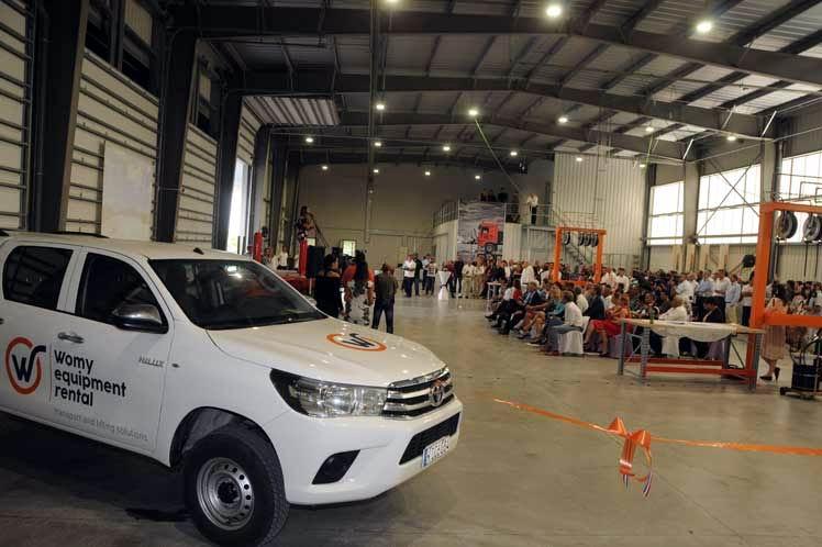 Inauguran en Cuba instalaciones de empresa holandesa Womy. Foto: PL