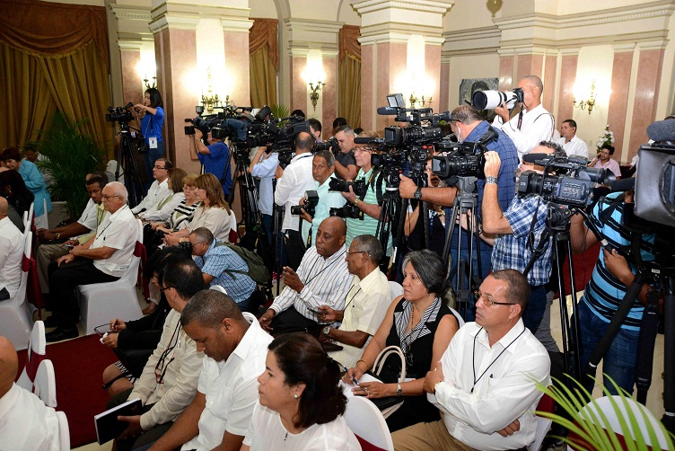 Cuba y Colombia fortalecen relaciones económicas y comerciales