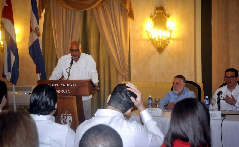 Consolidan v�nculos bilaterales Cuba y Rep�blica Dominicana