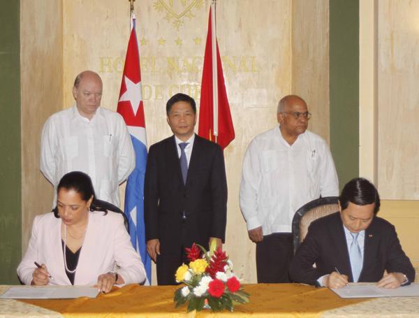 Firman Cuba y Vietnam acuerdos para la inversión extranjera (+Audio)