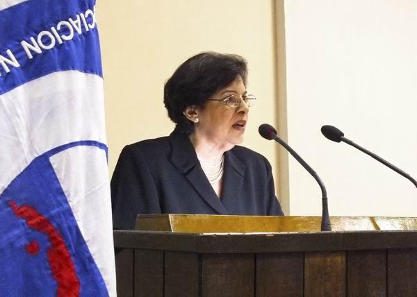 Durante la clausura de la reunión más importante de los economistas y contadores cubanos, la Ministra de Finanzas y Precios, Lina Olinda Pedraza Rodríguez, llamó a convertir a las instituciones en una trinchera contra el delito y la corrupción