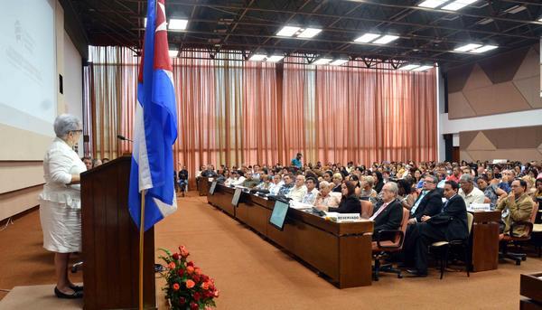 En Cuba, cierra cita internacional sobre economía