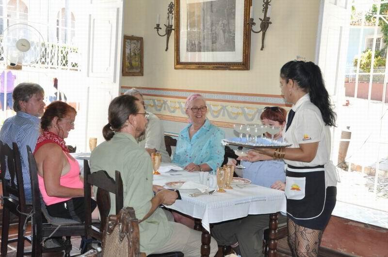 Ofrece Cuba beneficio fiscal a trabajadoras por cuenta propia